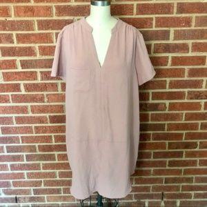 Lush Short Sleeve V-Neck Dress